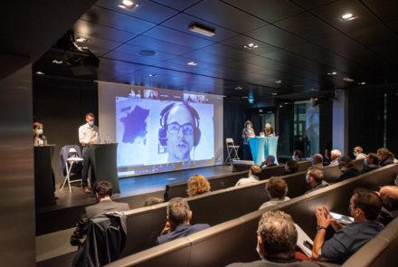 Réunion du débat public sur le projet de parc éolien en mer de Dunkerque, organisé par la CNDP (c) Olivier Soury